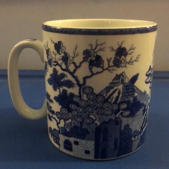 NEW Spode Blue Room Gothic Castle Mug